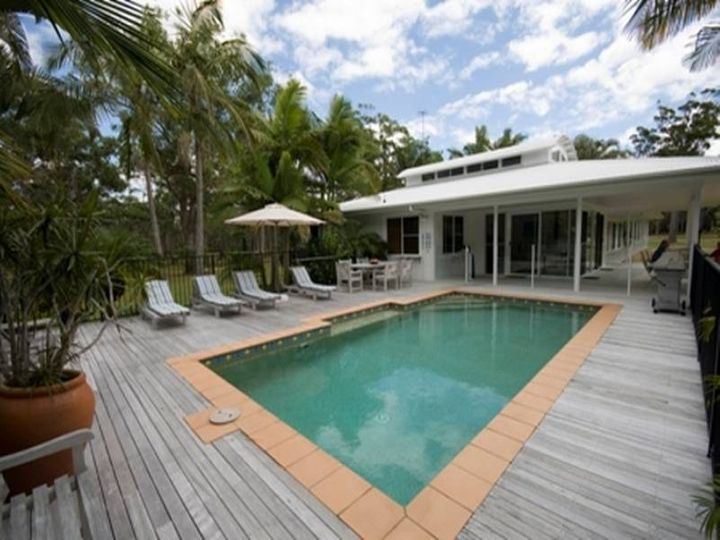 96 Teewah Beach Road, Noosa North Shore, QLD