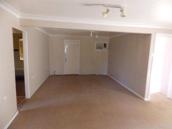 18 Haylock Street, Tullamore, NSW