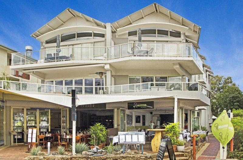 Unit sold noosaville qld 235 gympie terrace for Queensland terrace