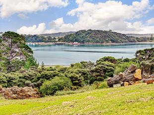 Prestigious address awaits you - Waiheke Island