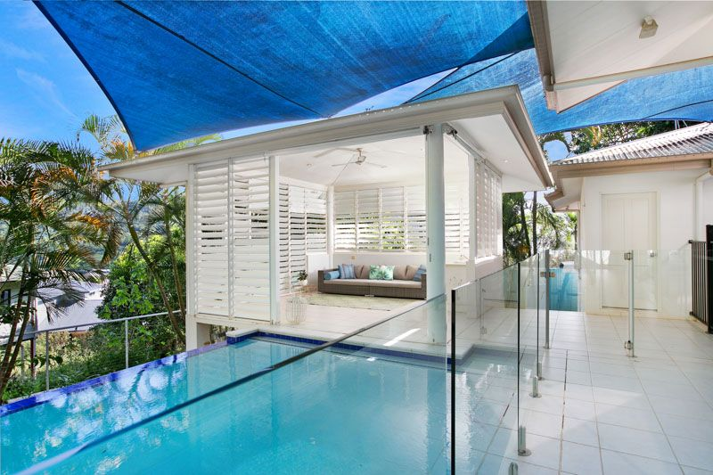 House sold trinity beach qld 51 crowsnest terrace for Queensland terrace