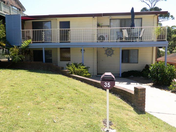 35 Lockhart Avenue, Mollymook, NSW