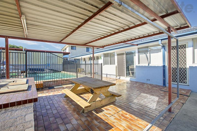 303 newbridge road chipping norton nsw residential for Perfect kitchens chipping norton
