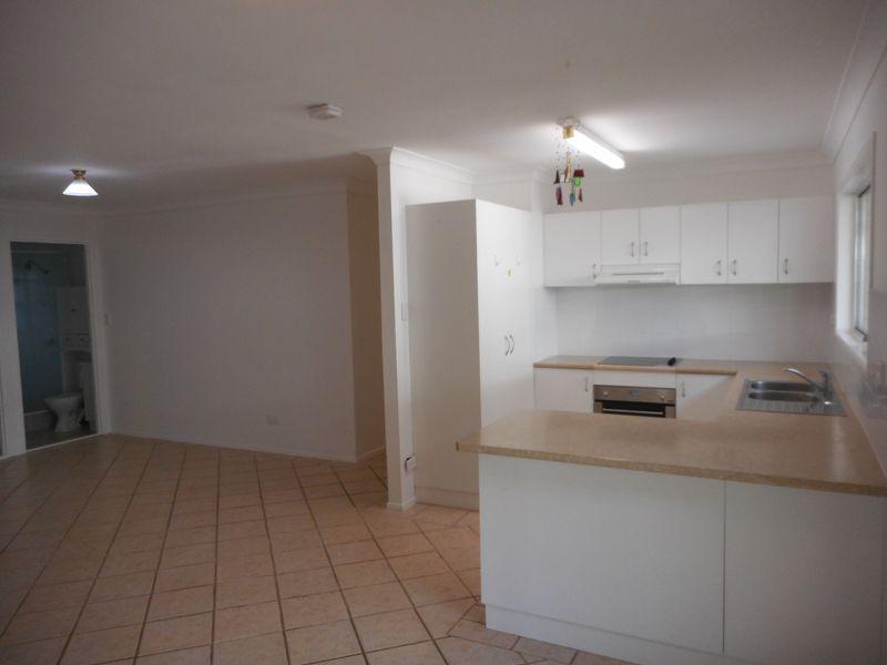 Jindalee qld rental house for rent for Beds jindalee