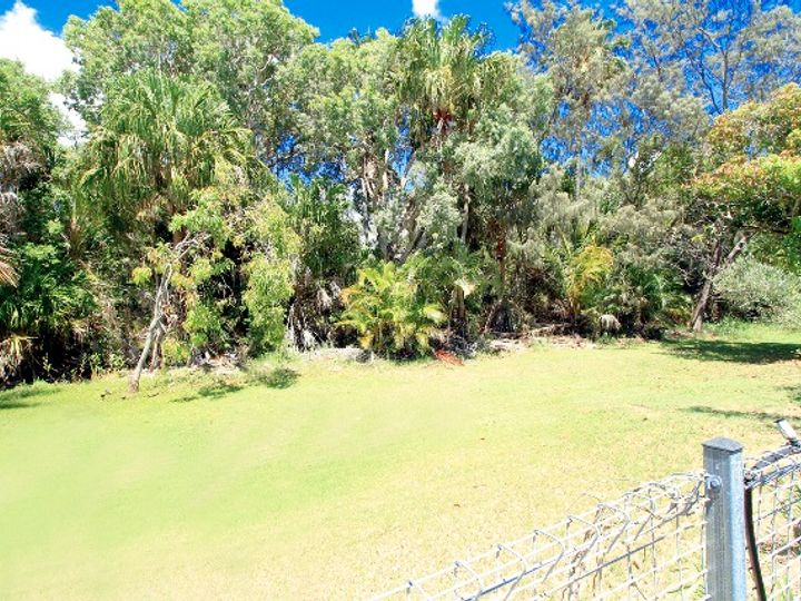 922 Scenic Highway, Kinka Beach, QLD