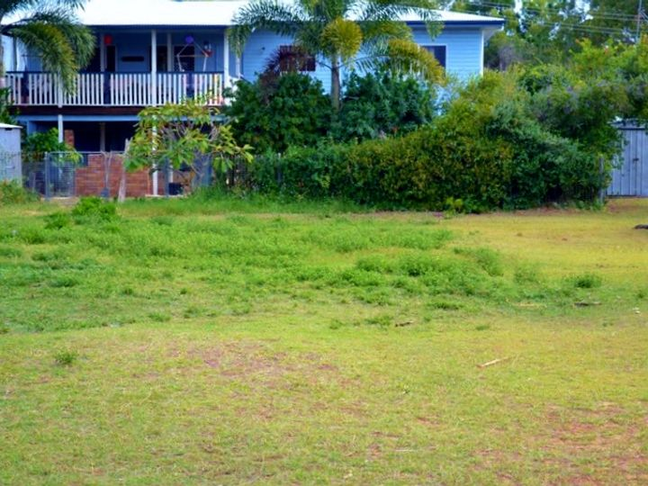 24 Coolwaters Esplanade, Kinka Beach, QLD