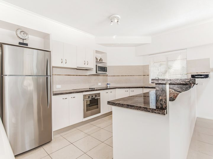 Unit 1 Riverside, 235 Gympie Terrace, Noosaville, QLD