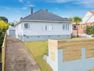 Fabulous Family Home or Investment! - Three Kings