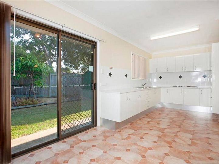 8 MITCH Lane, Capalaba, QLD