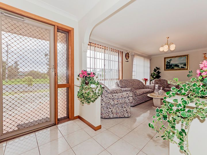 107 Hogans Road, Hoppers Crossing, VIC