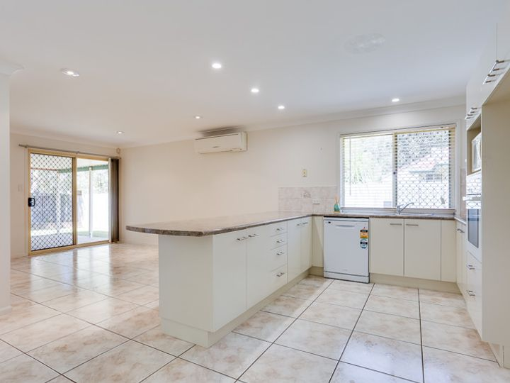 21 Regents Circuit, Forest Lake, QLD