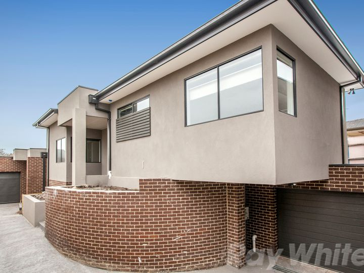 3/4 Manoon Road, Clayton, VIC