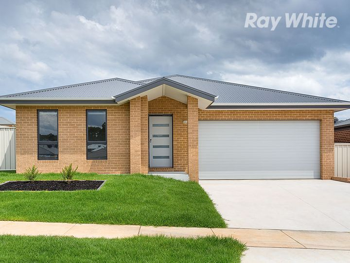 67 Felstead Circuit, Thurgoona, NSW