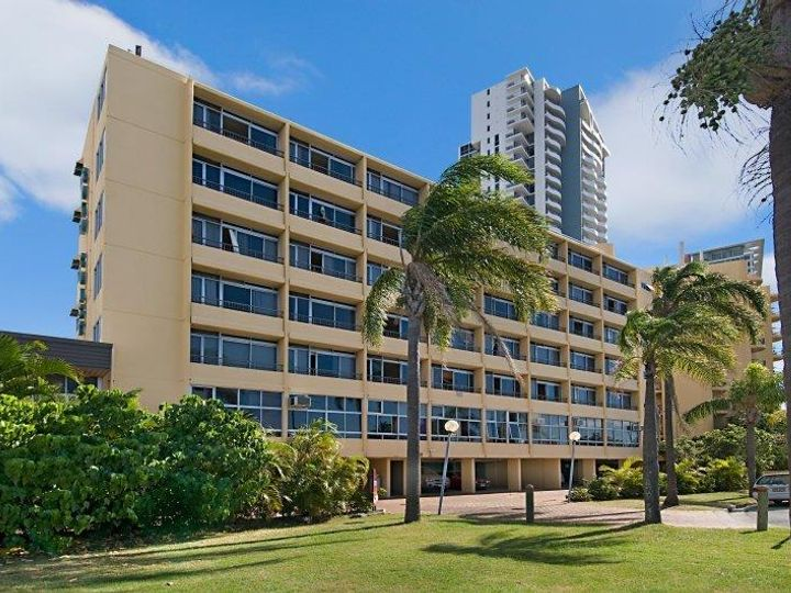 210/2 Barney Street, Southport, QLD