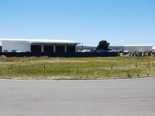 Industrial Block Close To Freeway At Wendouree - Wendouree