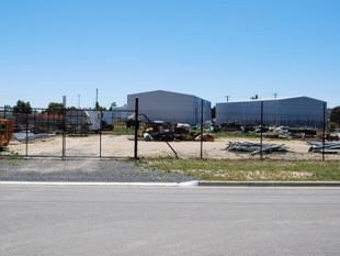 Industrial Block Close To Freeway At Wendouree! - Wendouree