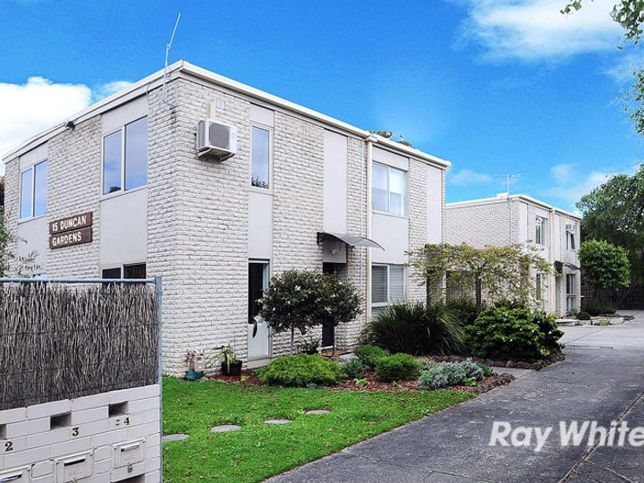 2/15 Duncan Avenue, Seaford, VIC