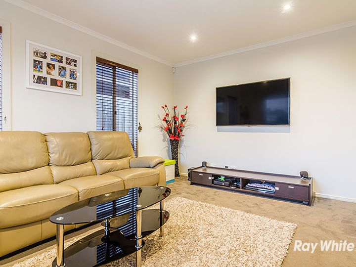 44 Pengana Way, Cranbourne West, VIC