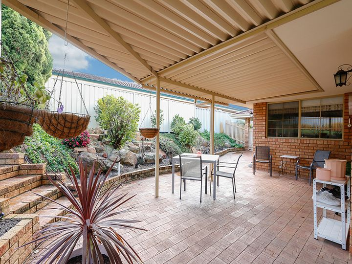 51 Calley Drive, Leeming, WA