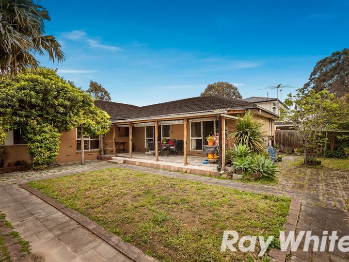 1 Redhill Avenue, Burwood East, VIC