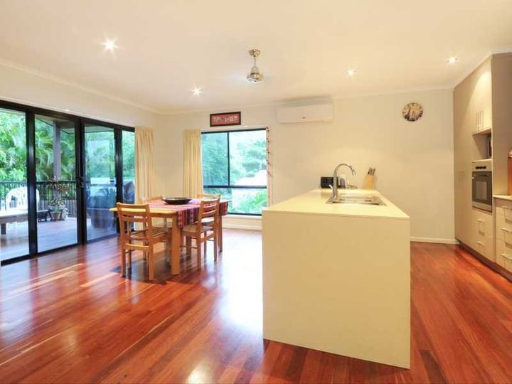 2/75 Country Road, Cannonvale, QLD