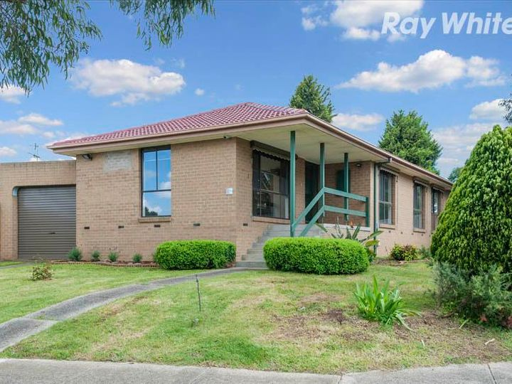 108 Roycroft Avenue, Mill Park, VIC
