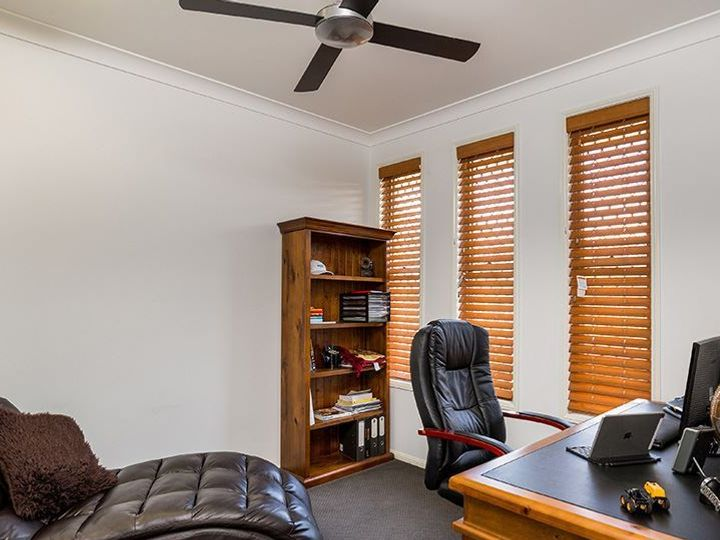 27 Fleet Circuit, Bray Park, QLD