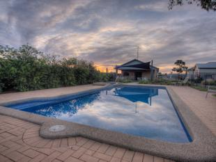 Pet Friendly Home Park - Only One Remaining - Echuca