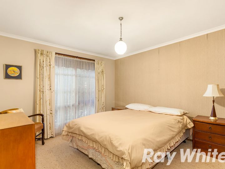 3/11 Redhill Avenue, Burwood East, VIC