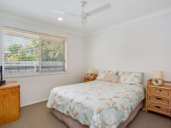 27 Harrier Drive, Burleigh Waters, QLD