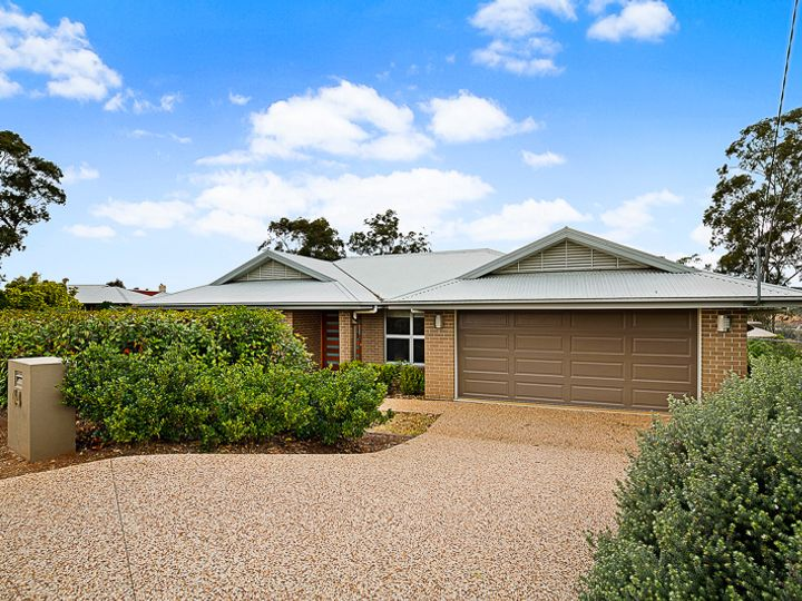 64 Skyline Drive, Blue Mountain Heights, QLD