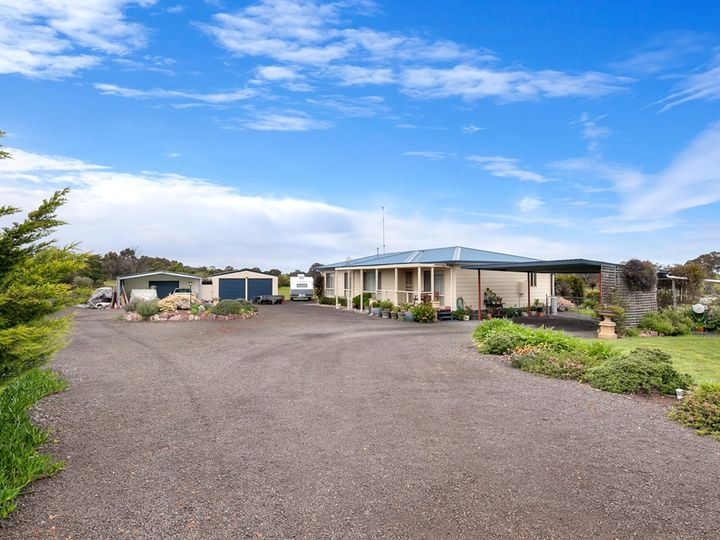 220 Lockies Lane, Cape Clear, VIC