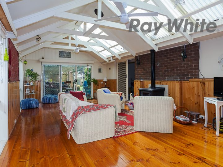 10 Sinclair Street, Somerville, VIC