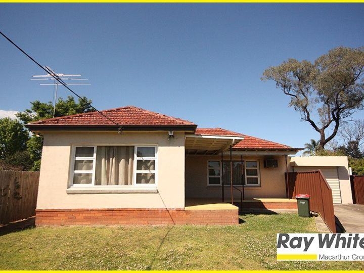 7 Cuthel Place, Campbelltown, NSW