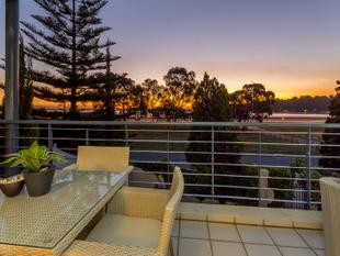EXCEPTIONAL APARTMENT WITH RECEPTIVE SELLER UNDER OFFER - South Perth