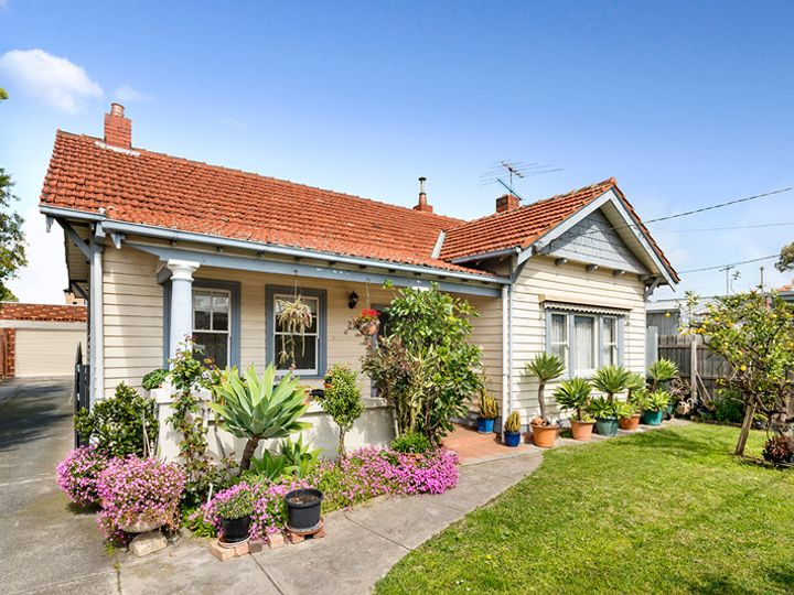 2 Mill Road, Oakleigh, VIC