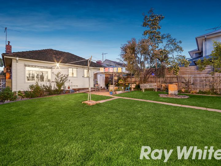 24 Clanbrae Avenue, Burwood, VIC