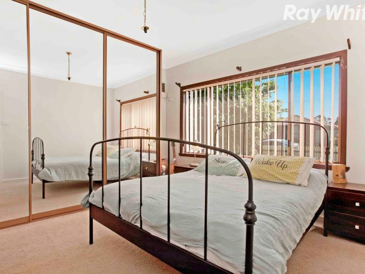 17 Cash Street, Kingsbury, VIC