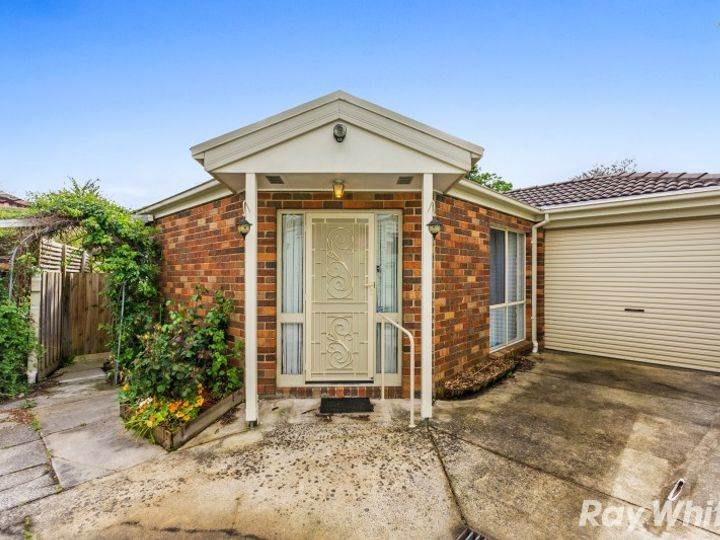 2/6 Dunlop Avenue, Bayswater North, VIC