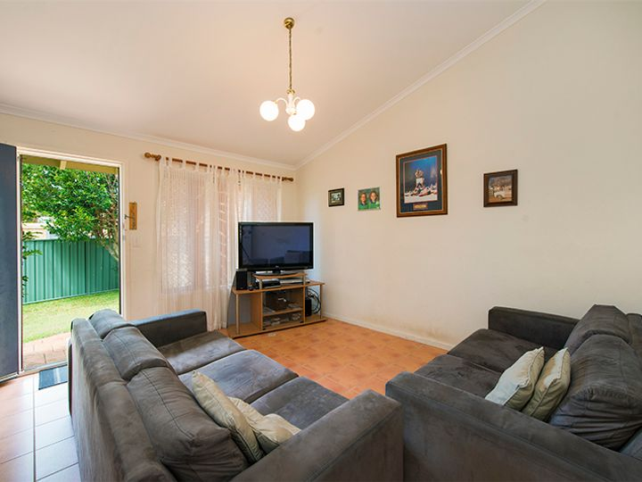 4/5 Rope Court, Mermaid Waters, QLD