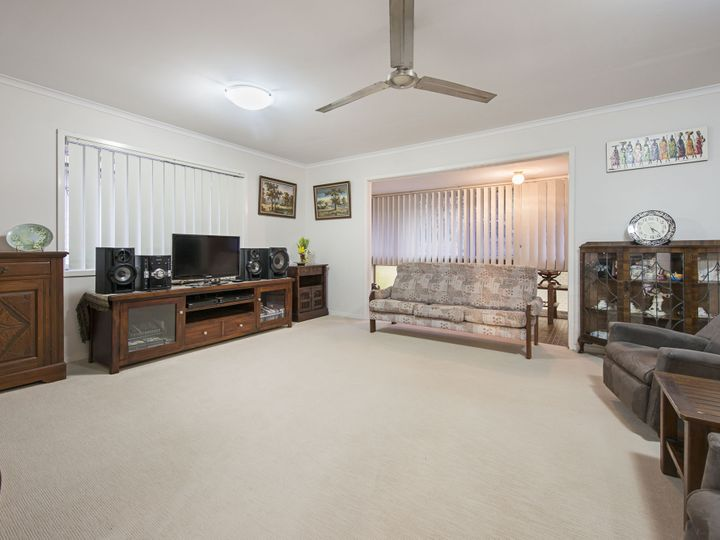 26 Narelle Crescent, Rochedale South, QLD