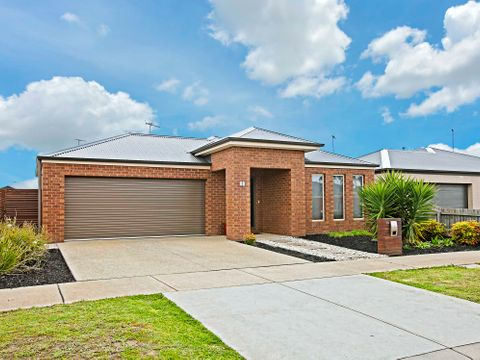 Grovedale, 19 Clementine Court