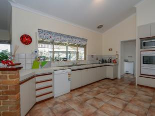 Solid Family Home.. Commanding Views! - Bullsbrook