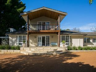 BEYOND COMPARE....PRICE REDUCED - Lesmurdie