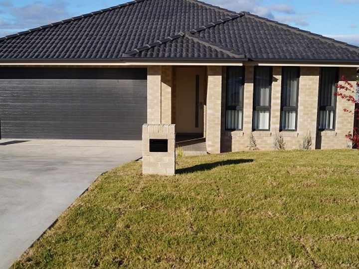 2 Dimboola Way, Orange, NSW