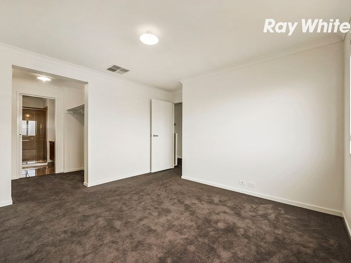 4 Lymington Street, Keysborough, VIC