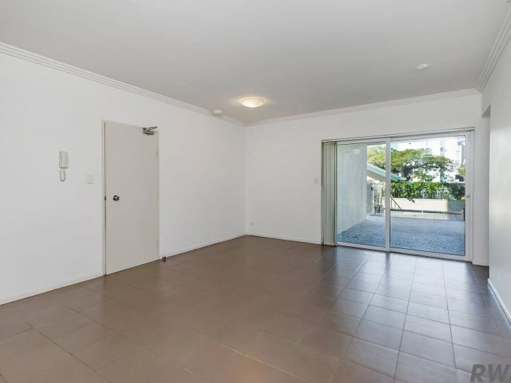 6/18-20 Rose Street, Southport, QLD