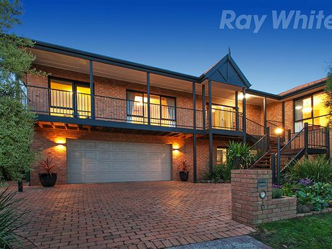 Chirnside Park, 6 COMMERFORD Place