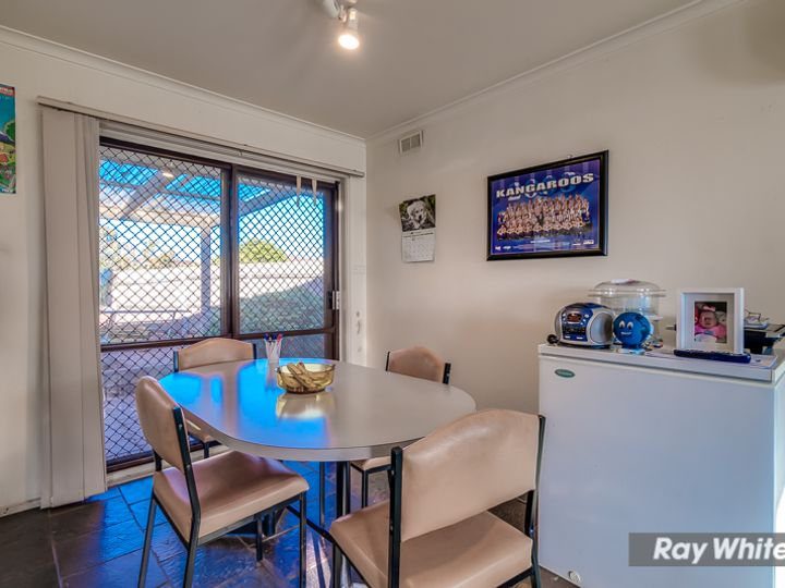 18 McCormack Crescent, Hoppers Crossing, VIC