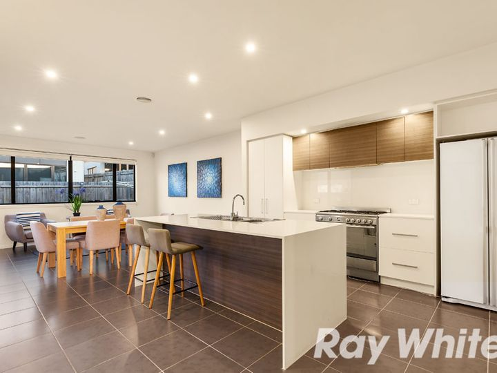 2 Berry Yung Avenue, Burwood, VIC